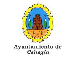 El Ayuntamiento de Cehegín dona unos bancos de jardín a la Asociación Betania